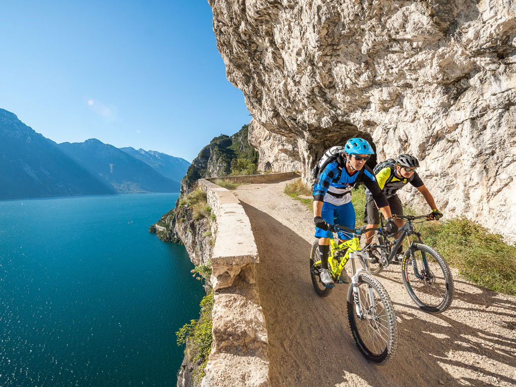 Mountain Bike sul Lago di Ledro